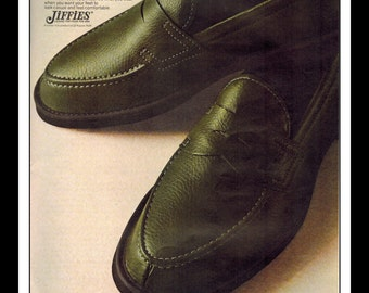 "Vintage Print Ad November 1968 : Jiffies for men Slippers Fashion Clothing Wall Art Decor 8.5"" x 11"" Advertisement"