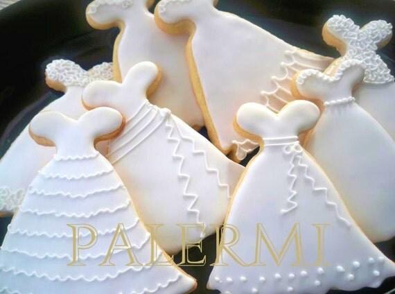 Wedding gown cookie cutter dress cookie cutter wedding for Wedding dress cookie cutters