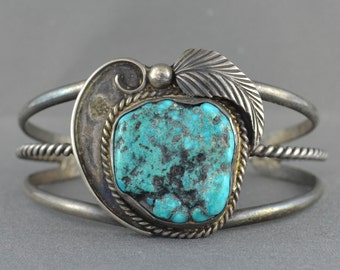 Vintage Navajo Southwestern Sterling Silver and Turquoise Bangle
