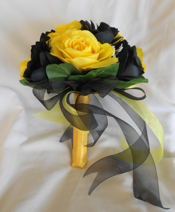 Brides maids set of 4 yellow and black bouquets set of 4 with boutonnieres made of silk 8 pieces roses