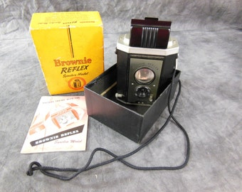 Brownie Reflex Camera, Synchro Model No 173 - Vintage