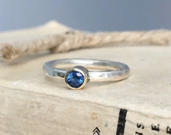 AAA Blue Sapphire 9ct Gold & Argentium Sterling Silver hammered stacking ring | alternative engagement ring