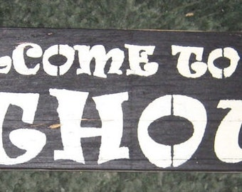 Welcome to the Nuthouse........humerous wall hanging