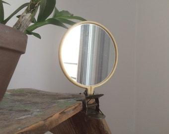Round mirror on clamp