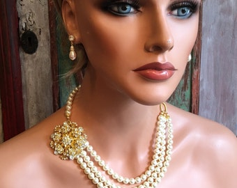 Pearl Wedding Necklace in Ivory and Gold Brooch 3 strands Swarovski Pearls bridal backdrop necklace wedding jewelry mother of the bride