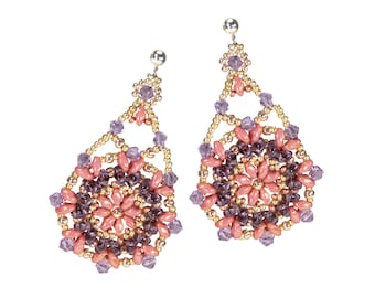 Seed beads earring in pink and violet