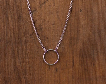Collar Circulo,Karma, de plata 925ml ,hecho a mano . Colección Circulo