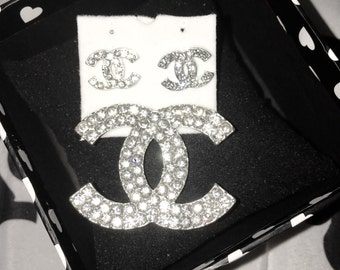 Cc brooch and earring set