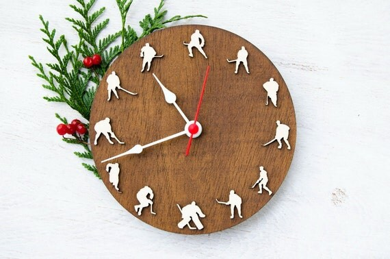 Sportmen gift Hockey clock for sport enthusiast, home Hockey decor, Hockey wall decor