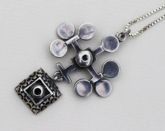 "Vintage Modernist Pentti Sarpaneva, Finland. Sterling silver pendant ""Lehti""."