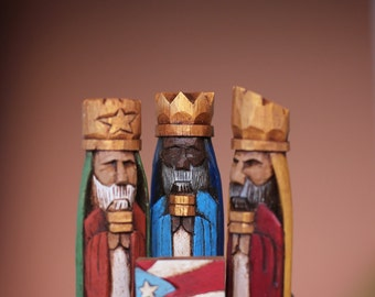 """Tres Reyes Magos (Three wise men) hand carved 4.5"""" Tall with the Puerto Rico Flag on front"""