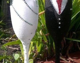 1 x Bride and Groom wedding champagne flute set (SET B)