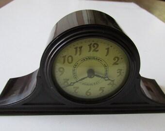 Reserved for BottleHunterBuck Vintage Small New Haven Clock Bakelite Wind-up Shelf Clock  Works!!