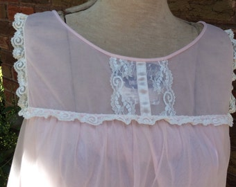 Vintage Pale Pastel Pink Vanity Fair Double Nylon Baby Doll Nightie Lace Trim -Size Small