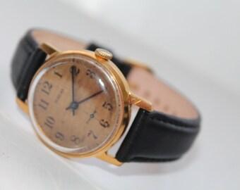 USSR Watch.Soviet Era Vintage wrist watch. Vintage men's watch Pobeda. Mechanical Wrist watch USSR. Made in1970s Perfect Conditions !!!!!!