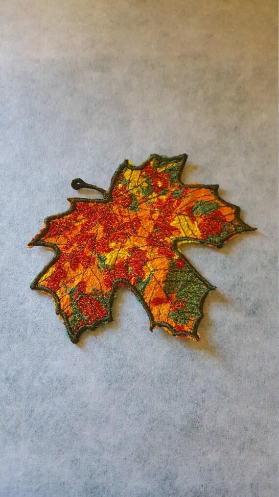 Maple leaf textile collage embroidery design machine