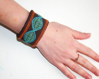 Fabric bracelet Fabric jewelry Embroidered fabric cuff bracelet Bracelet tissue Hippie bracelet Embroidered fabric bracelet Women's bracelet