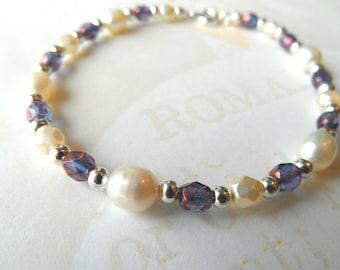 Wedding bracelet, bridal pearls bracelet, bridemaids bracelet, amethyst and pearls bracelet,freshwater pearls bracelet
