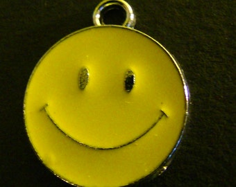 Yellow Smiley Face Charms (4)