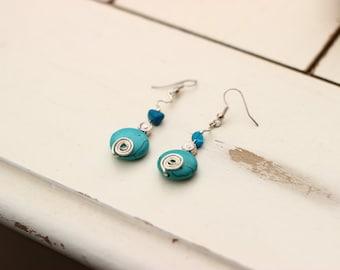 Silver gemstone droplet earrings