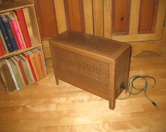 Floor heater by giant Montreal.radiateur electric, electric fan.