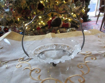 GLASS BON BON Bowl with Metal Stand