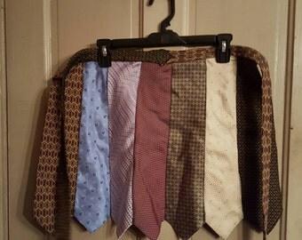 Tie apron