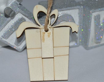Wooden gift tags, laser cut , ideal for special gifts packs of 10