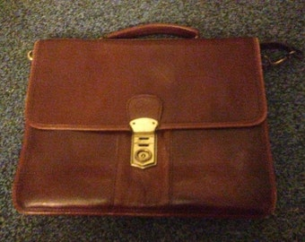 Vintage handbag high quality