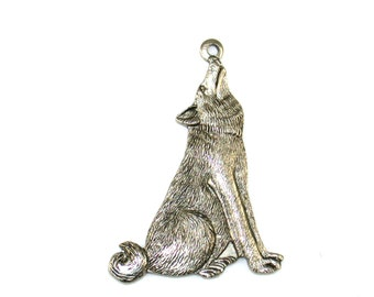 Qty. 2 Wolf Pendants - 25 x 20mm