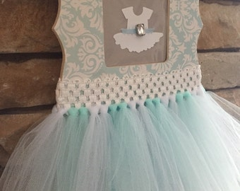 Tutu custom bow hanger
