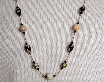 Tibetan DZI Agate Necklace, Hand Knotted Necklace, Cream and Black Bead Necklace, Peach and Black Beads, Tibetan Beaded Necklace