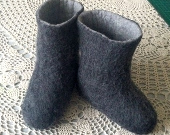 Felted grey 100% merino wool slippers for kids