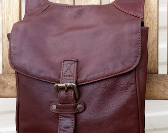 Vintage brown leather cross body messenger purse, leather satchel messenger bag, Man Bag Purse