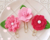 Planner Clip Set : PINK Shades Felt Flowers Gold PaperClip   Page Clip   Bookmark   Page Marker . Planner accessories supply.