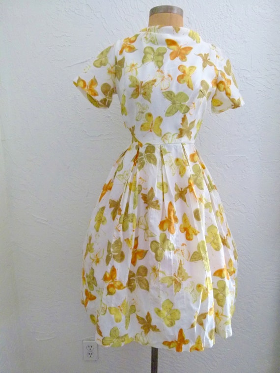 60s Spring Into March Dress