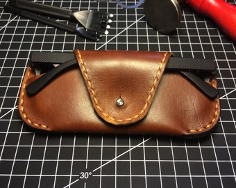 Handmade Leather Sunglasses Case / Vegetable tanned leather sunglasses case