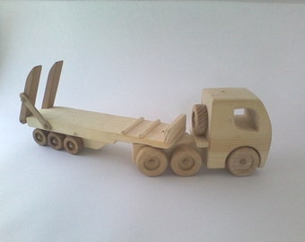 Wooden rig toy