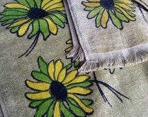 Springmaid Retro Bath Towel set. Retro green towels.