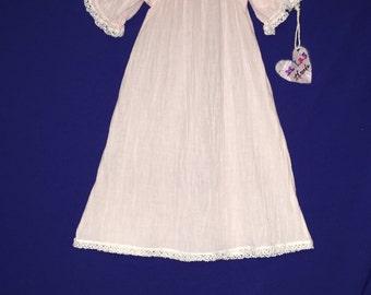 Cotton gauze gown