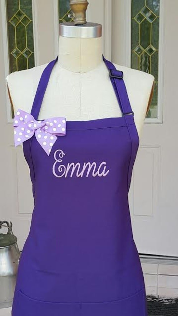 personalized purple apron with lavender embroidery thread. Black Bedroom Furniture Sets. Home Design Ideas
