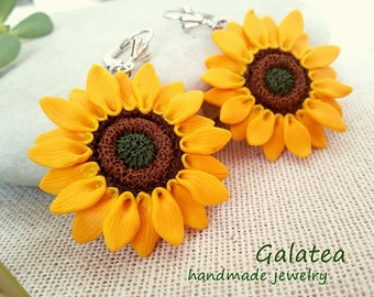 Sunflowers earrings, Yellow Sunflowers jewelry, Polymer clay flower, Floral earrings, Yellow earrings, gift for woman, earrings whit flower