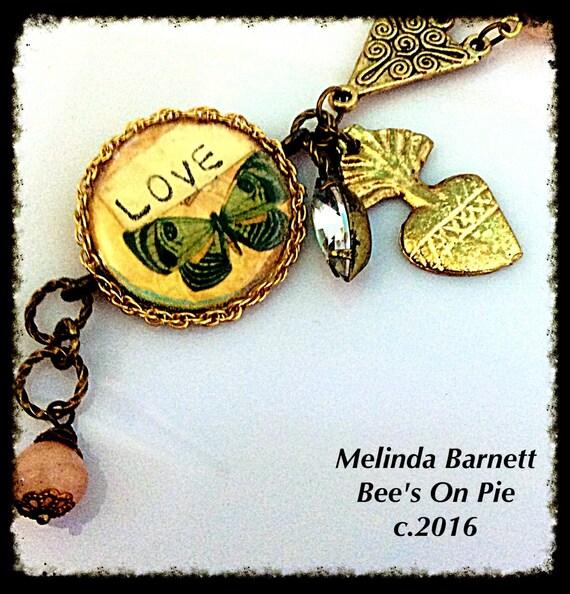 """Birds and Bees """"LOVE"""" Bracelet #melindabarnett #queenebead"""