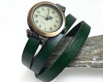Vintage bracelet watch for woman, green leather bracelet