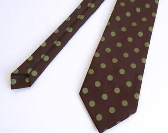 Vintage 1970s Wide Chocolate Brown w/ Green Polkadot Tie