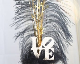Wedding Cake Topper LOVE Gatsby black and gold feather, Ostrich Feather, Sparkler, overthetopcaketopper