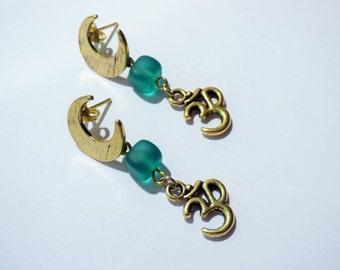 Golden Moon and Om Earrings AR087