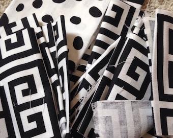 Cotton fabric SCRAPS (black)
