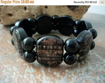 ON SALE Vintage Black Brown Glass Stretch Bracelet 51216
