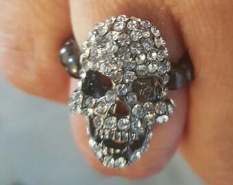 Blingy skull ring